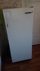 Отличный рабочий холодильник